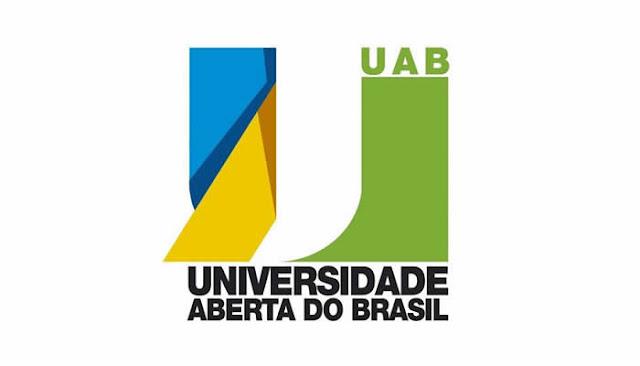 Universidade abre 500 vagas para curso superior gratuito em Licenciatura em Informática EAD.