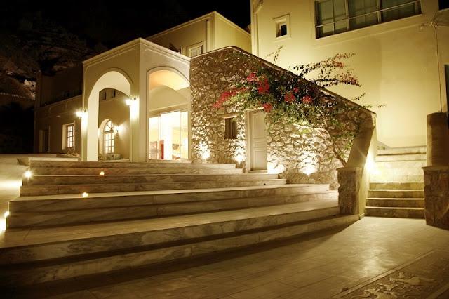 Antinea Suites Hotel & Spa, Santorini