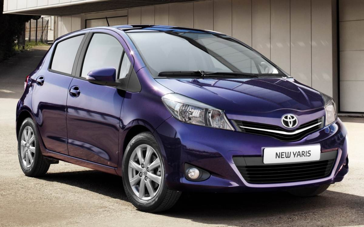 toyota etios x toyota yaris a hist ria seria outra car blog br. Black Bedroom Furniture Sets. Home Design Ideas