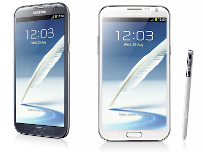 Samsung Galaxy Note 2 white and black