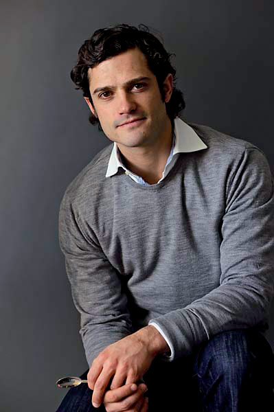 WHO is the most handsome prince in the world?: prince carl philip