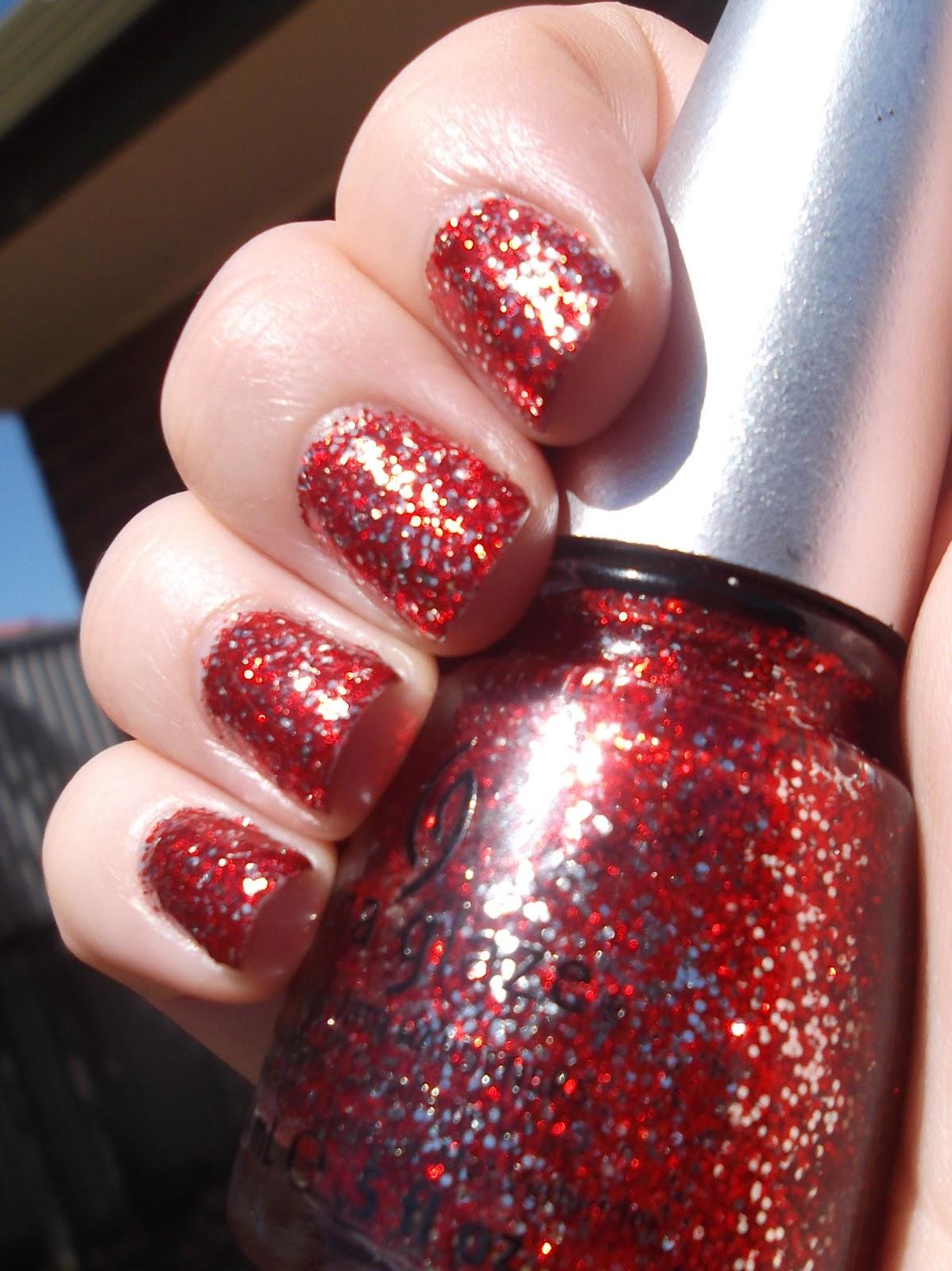 China Glaze Presenta Crakle Glaze: Obsessed With All Things Shiny: China Glaze Love Marilyn