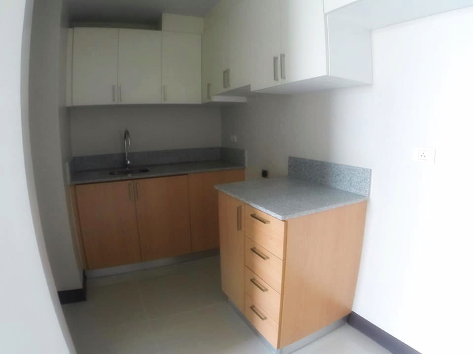 Manhattan Heights Condo For Sale In Cubao Qc Rfo And Rent To Own