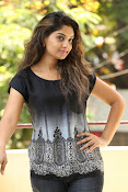 Karuna photos in jeans-thumbnail-15