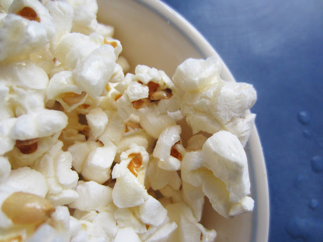 Honey & Coconut Popcorn by Raia's Recipes