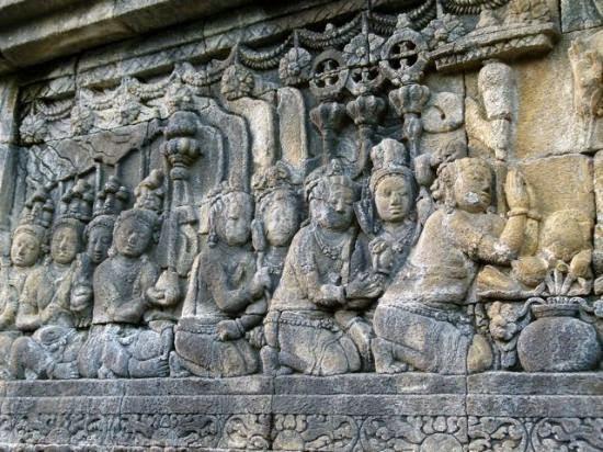 Sejarah Candi Borobudur - Relief Dinding Candi Borobudur