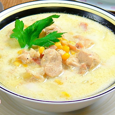 slow cooker creamy chicken chowder