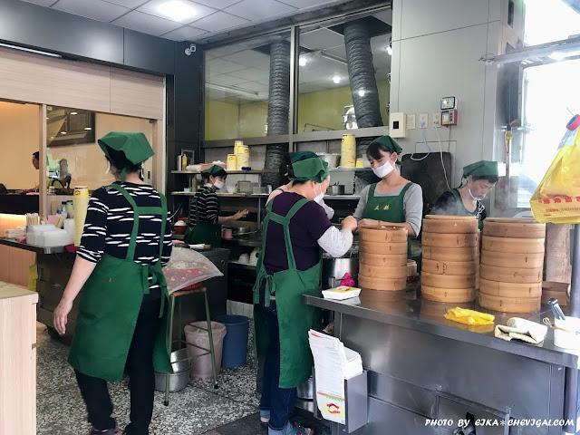 IMG 1104 - 台中豐原│立麒湯包*人稱豐原鼎泰豐的超高人氣湯包,用餐時段人潮滿滿滿,你吃過了嗎?