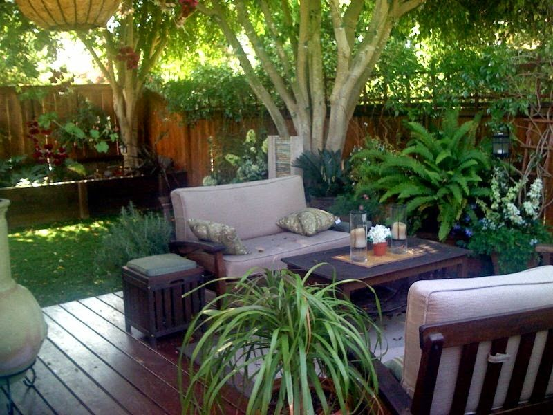 small backyard designs; small backyard ideas; small backyard decor; patio on small backyard; backyard patio; backyard patio ideas; backyard patio designs; patio designs ideas; outdoor home decor; backyard decorating ideas; backyard deck; backyard deck designs; backyard deck and patio