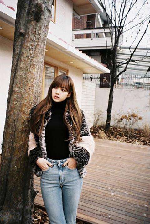 Photos Blackpink S Lisa Instagram Update 24022018