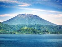 Daftar Nama Gunung di Indonesia Beserta Lokasi dan Ketinggiannya