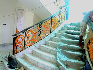 railing tangga tempa mewah adalah railing klasik