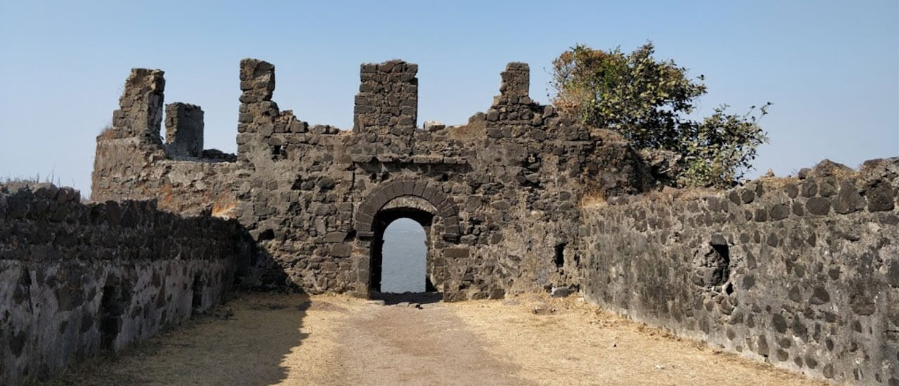 कोर्लई किल्ला - Korlai Fort