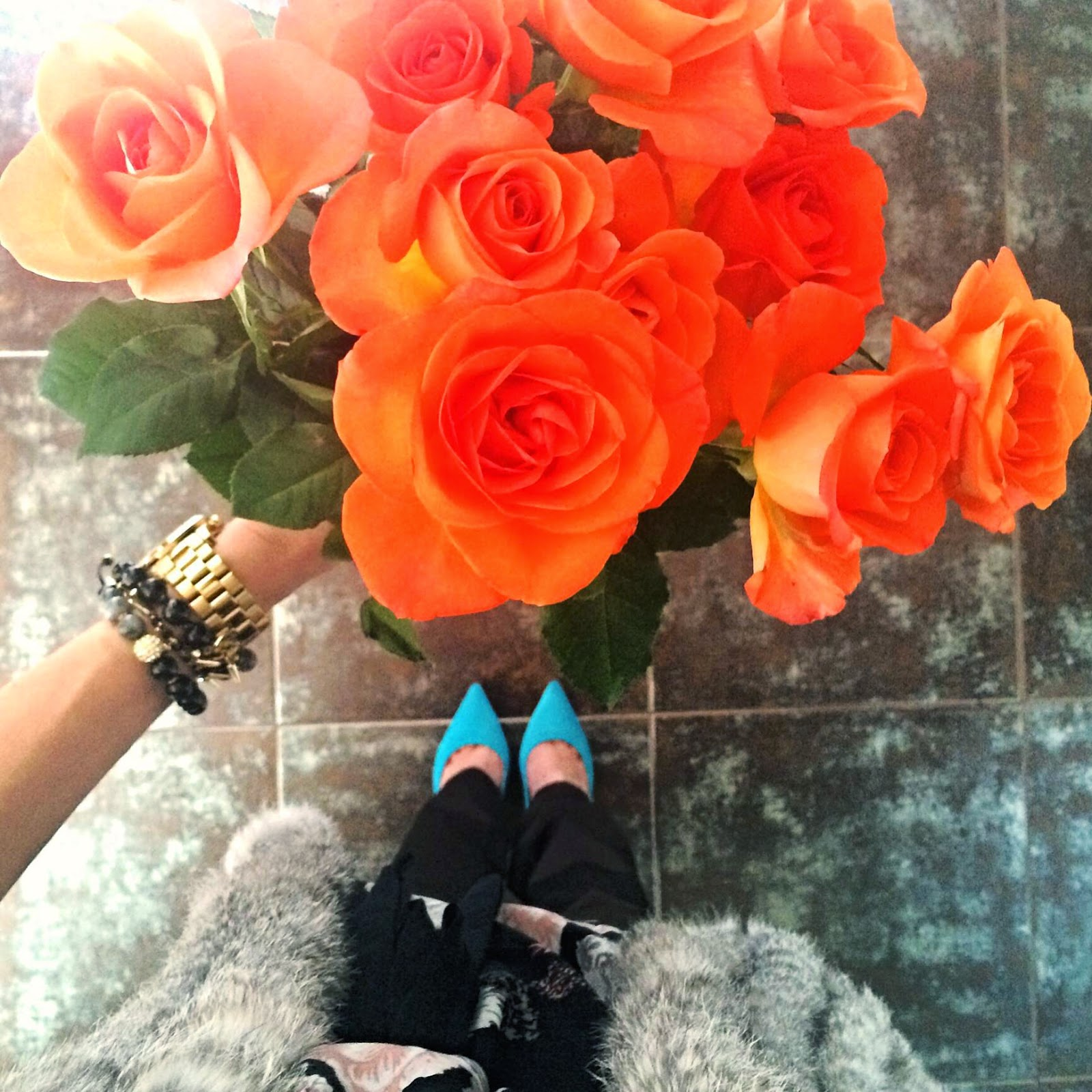 orange-roses-electric-blue-river-island-heels