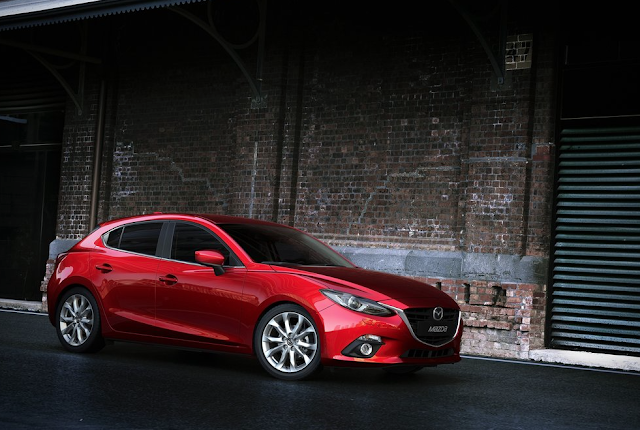 2014 Mazda 3 hatchback red