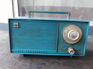Dijual Radio Transistor Jadul Benget
