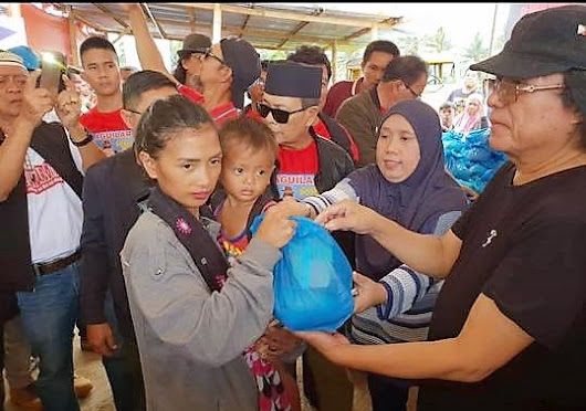 Ka Freddie visits Marawi to sing and extend relief goods to Marawi siege IDPs