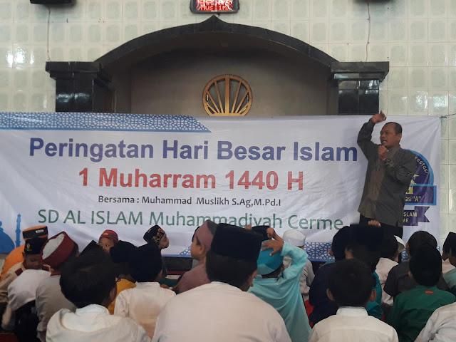Peringati Tahun Baru Hijriah agar Bangga Jadi Siswa Islam