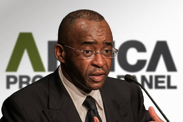 Sten Zvorwadza says Strive Masiyiwa should join the fight against bond notes