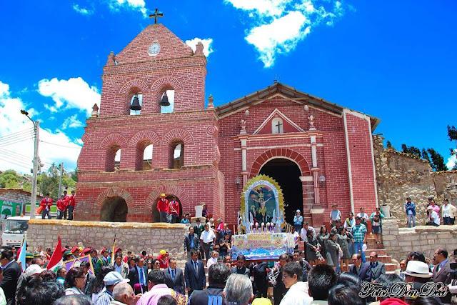Resultado de imagen para Festividad del Señor de los Milagros patron del Colegio Manuel Seoane Corrales de Cabana Sur Fotos