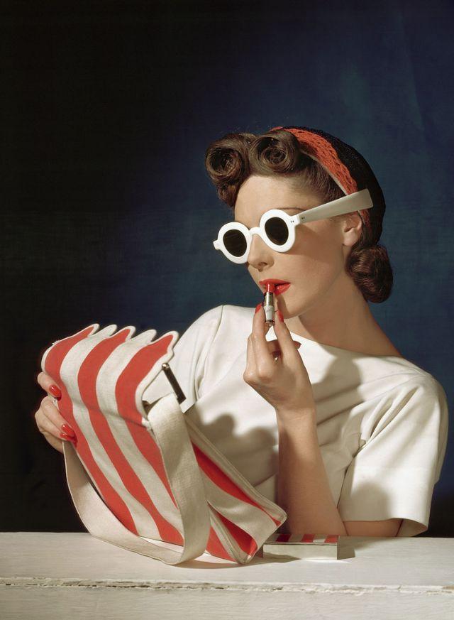 50 Extraordinary Fashion Photographs Taken By Horst P