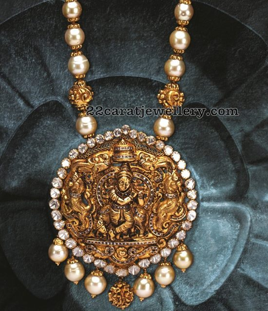 Krishna Pendant with South Pearls