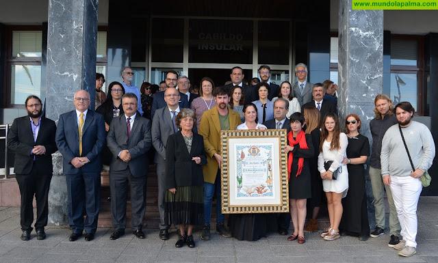 El Cabildo Insular concede el título de Hijo Adoptivo de la Isla de La Palma al escultor Manuel Pereda de Castro
