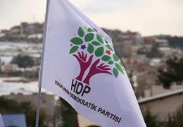 HDP milletvekilleri Hüda Kaya ve Meral Danış Beştaş gözaltına alındı