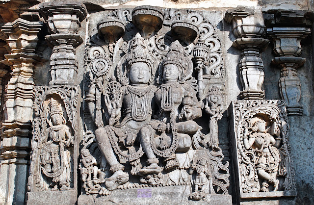 Lakshmi Narayana, also seen here is the most popular madanika style of Belur on the right of the pic