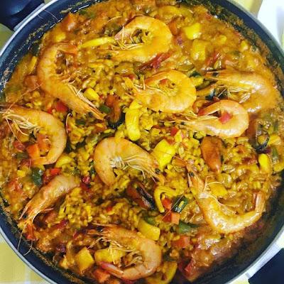 arroz de marisco y verduras