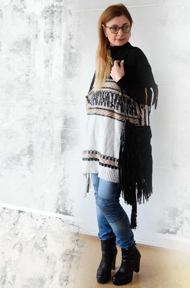 Bullboxer Booties, Fringebag, Poncho
