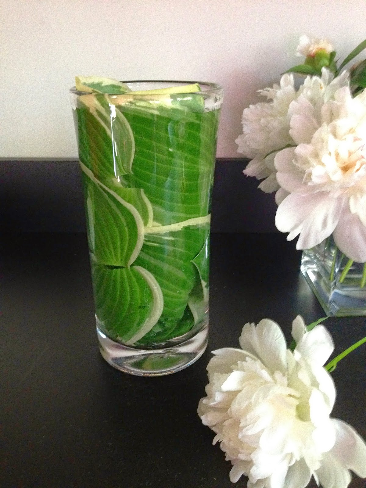 Bluemopheads Floral Design How To Line A Clear Vase