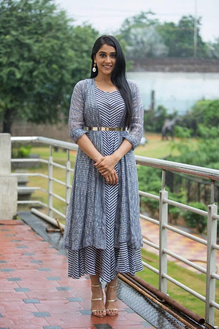 regina cassandra latest stills