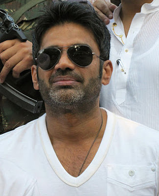 Suniel Shetty Wiki, Height, Weight, Age, Wife, Family and Biography:
