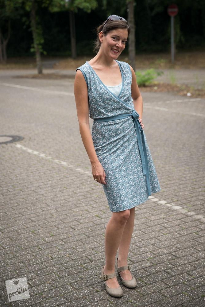 »noch ein Wickelkleid, bitte« von schneidernmeistern in »Kasumi Kirschblüten«