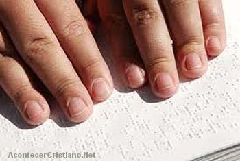 Aprendiendo Braille con la Biblia