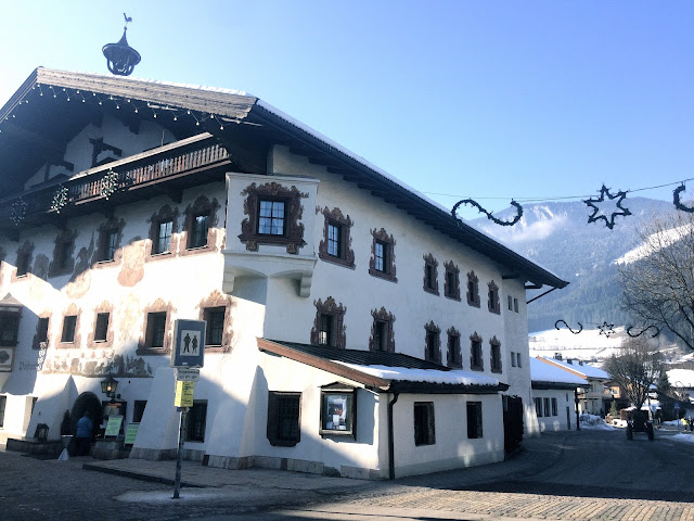 Restaurant and building in the centre of Soll village