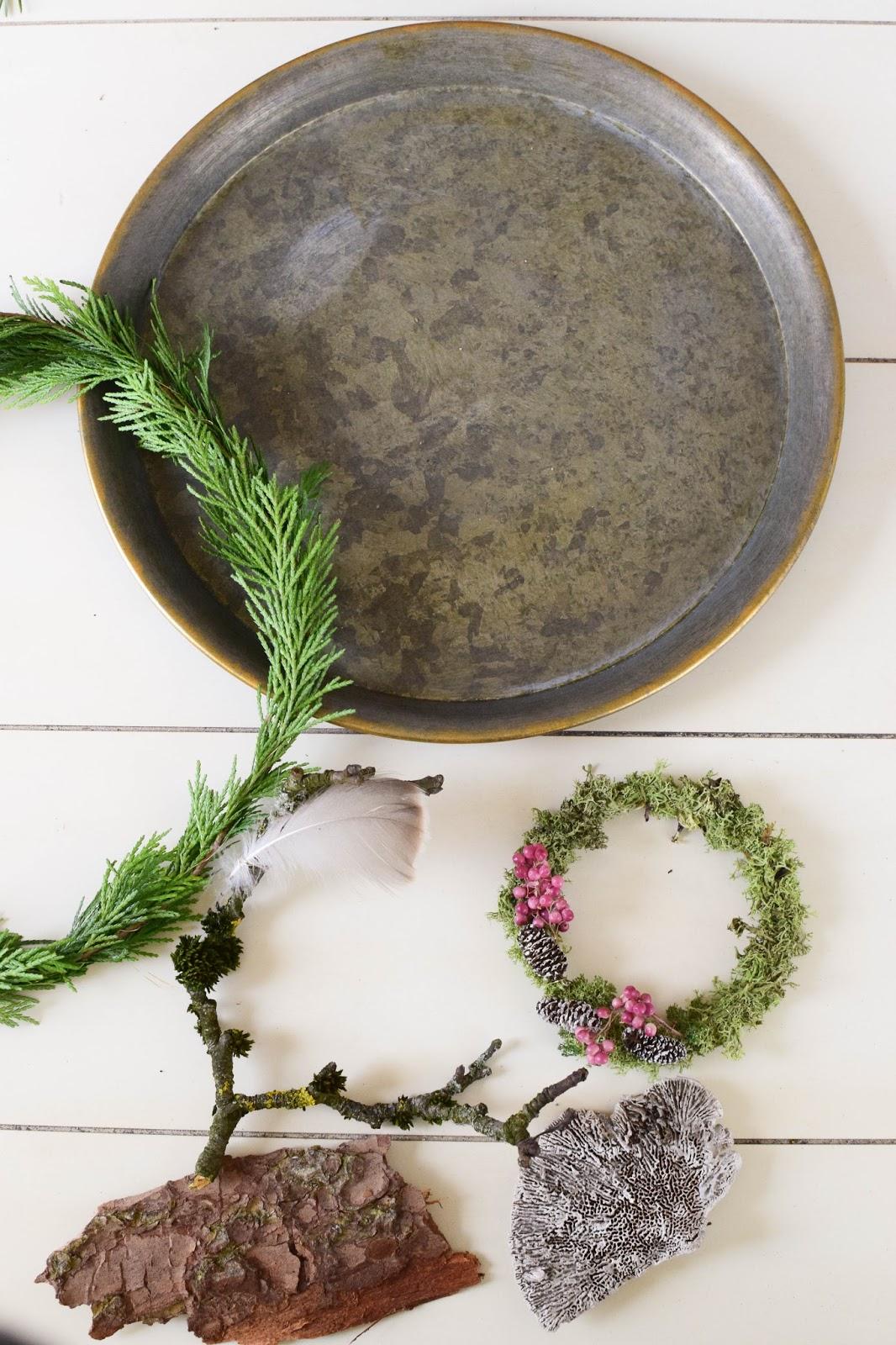 DIY Deko mit Thuja Kranz Moos Pilz Rinde und Naturmaterialien, Dekoidee, Tischdeko, Dekoration