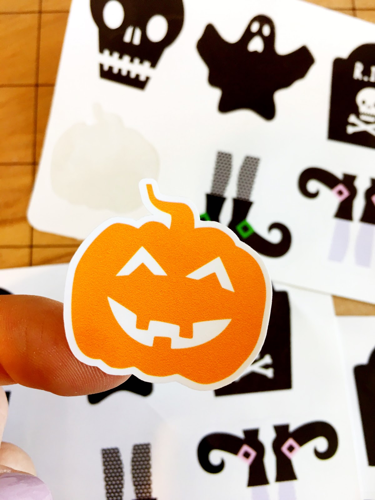 How to Make Print and Cut Sticker Sets (Silhouette Studio V4
