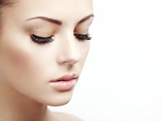 shutterstock_134071883 Achieve Long, Bold LashesAesthetics Beauty