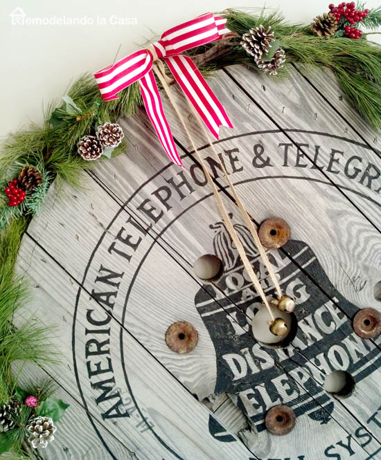 repurpose, wire reel, wire spool, sign, Christmas decor,