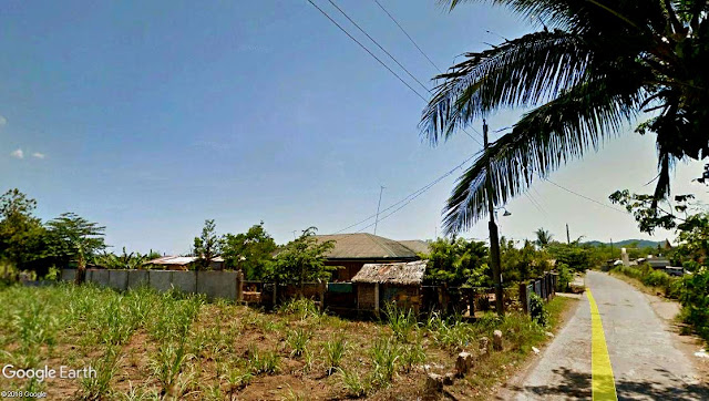 A typical rural scene in some barrio in Batangas Province.  Image source:  Google Earth Street View.