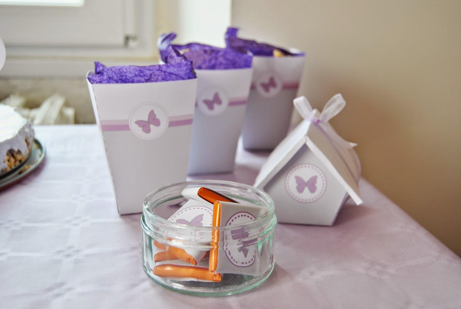 carres de chocolats décores pour le theme papillon