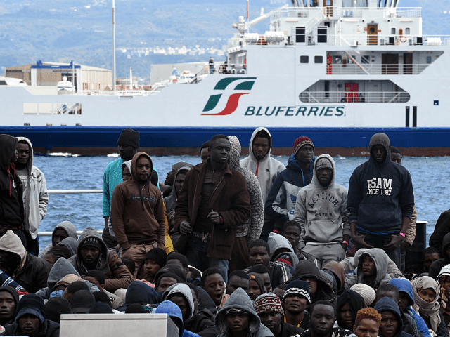 ITALY-MIGRANTS-RESCUE-SEA-640x480.png