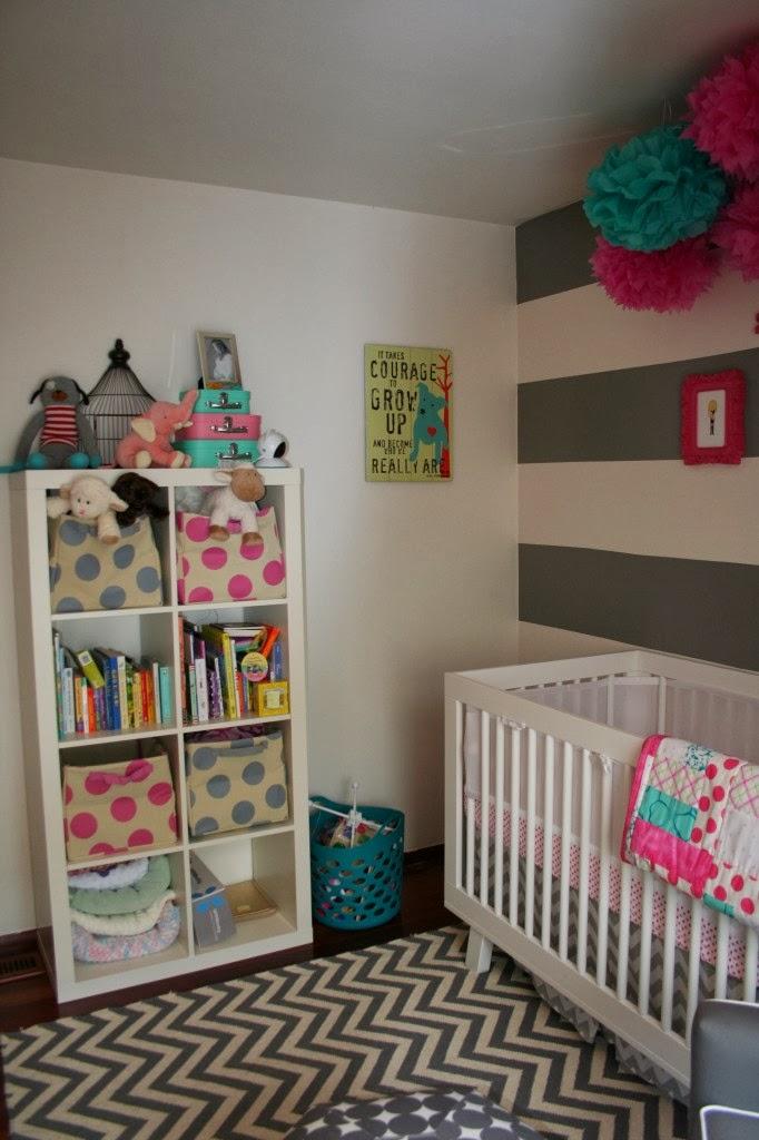Habitacion infantil cocochicdeco for Estanterias habitacion infantil