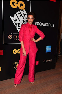 Surveen Chawla at GQ Men of the Year Awards 2016