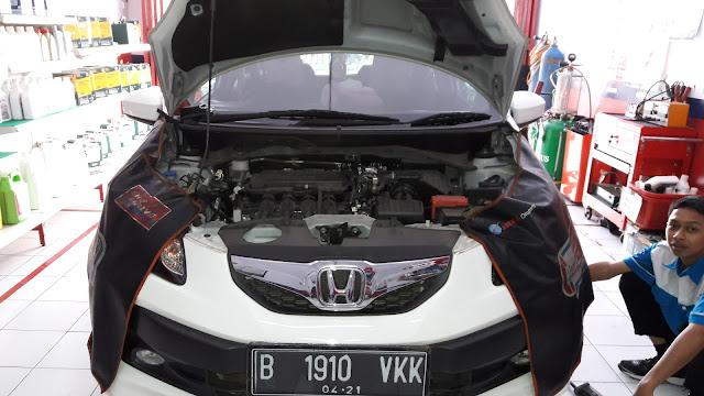 Cara mengganti filter oli Honda Brio