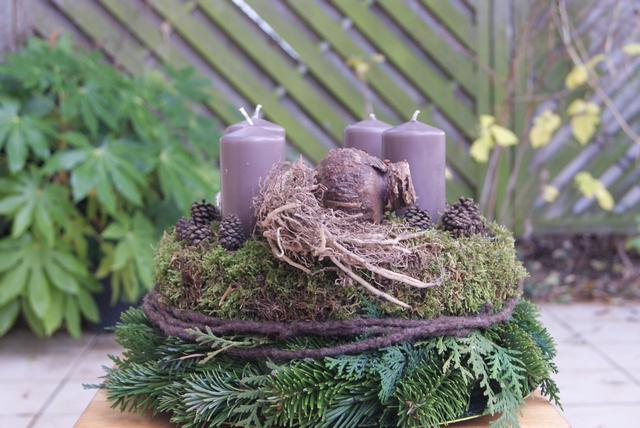 filz und garten gartenblog diy adventskranz mit amaryllis. Black Bedroom Furniture Sets. Home Design Ideas