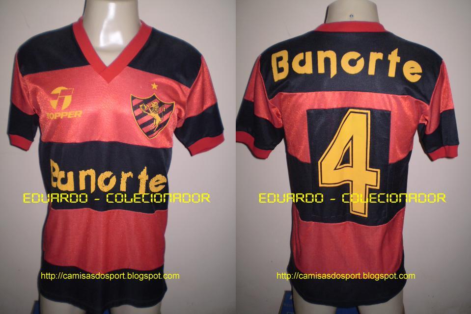 Segue os modelos usados nos anos de 1989 e 1990  (Lembrando  Link  que com  essas mesmas camisas 4fa813f1419b4