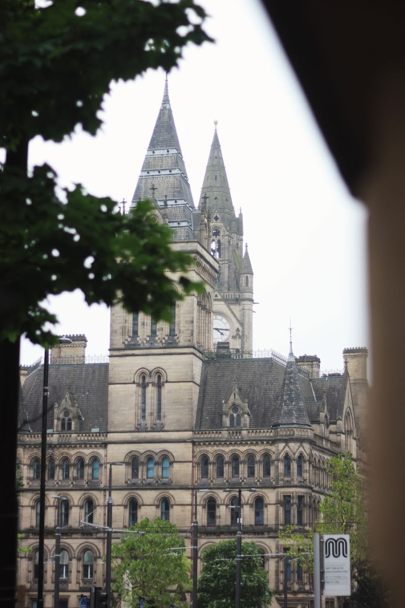 Manchester town hall   www.itscohen.co.uk